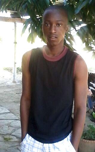 IMG-20140430-WA000